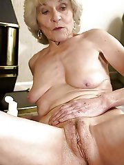 German dame getting pleasured on cam