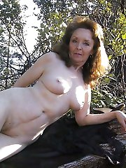 Adored mature female posing undressed on pics