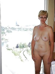Glamour mature cougar playing herself